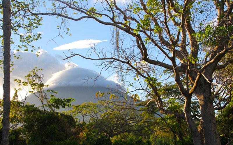 Volcano Hike : Isla de Ometepe, Nicaragua